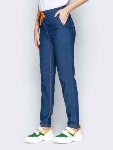 Лёгкие джинсы синего цвета на резинке по талии - 21054, фото 2 – интернет-магазин Dressa