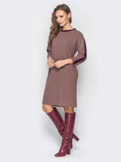 Платье бежевого цвета с велюровыми лампасами - 19170, фото 2 – интернет-магазин Dressa
