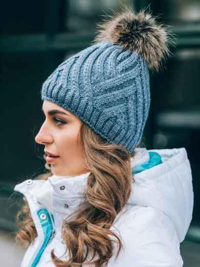 """Серая шапка с с объемной вязкой """"плетенка"""" - 14833, фото 3 – интернет-магазин Dressa"""