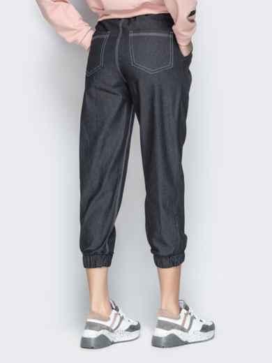 Укороченные брюки из черного джинса с резинкой по талии - 21058, фото 3 – интернет-магазин Dressa