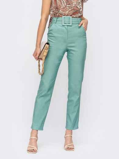 Зелёные зауженные брюки с поясом из основной ткани 53941, фото 1