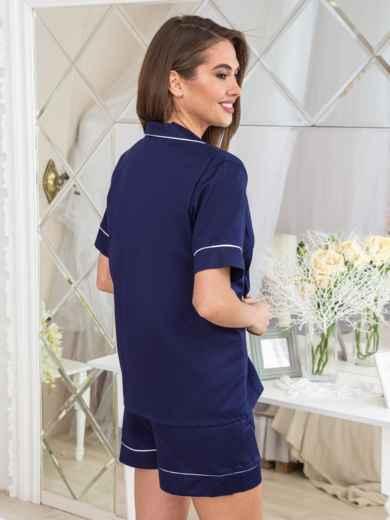 Тёмно-синяя пижама с нашивкой на топе и шортах - 20449, фото 2 – интернет-магазин Dressa