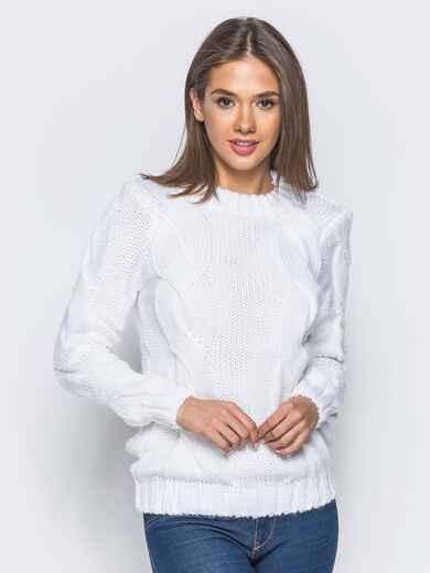 """Белый свитер с крупными """"косами"""" на полочке - 16042, фото 1 – интернет-магазин Dressa"""