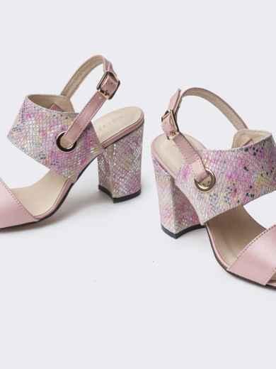 Пудровые босоножки на устойчивом каблуке - 38987, фото 4 – интернет-магазин Dressa