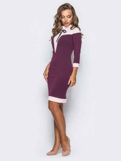 Платье-футляр с контрастной кокеткой и атласным бантом бордовое - 15634, фото 2 – интернет-магазин Dressa