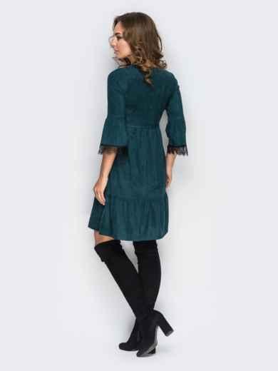 Платье с оборкой по низу и кружевом на рукавах зелёное - 11733, фото 3 – интернет-магазин Dressa