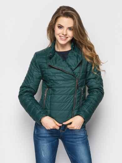 Зелёная куртка со смещенной молнией на полочке - 12949, фото 3 – интернет-магазин Dressa