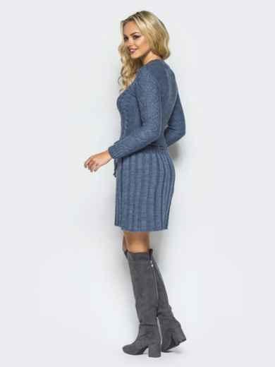 Серое вязаное платье с резинкой на поясе - 15938, фото 2 – интернет-магазин Dressa