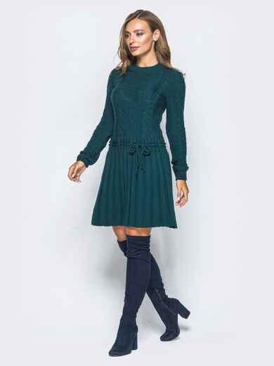 Зеленое вязаное платье с резинкой на поясе - 15940, фото 1 – интернет-магазин Dressa