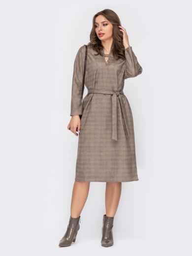 Коричневое платье из замши в клетку с фигурным вырезом 52987, фото 1