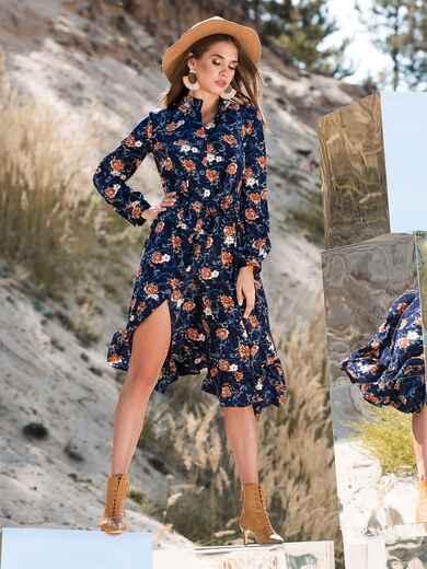 Принтованное платье тёмно-синего цвета с воланом - 41347, фото 1 – интернет-магазин Dressa