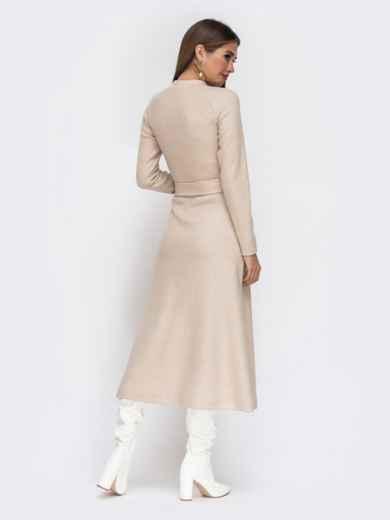 Расклешенное платье из трикотажа с поясом бежевое - 42222, фото 4 – интернет-магазин Dressa