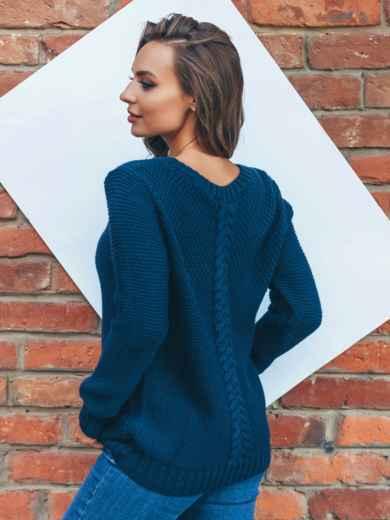 Тёмно-синий джемпер с объёмным узором и вырезом на полочке - 15807, фото 2 – интернет-магазин Dressa