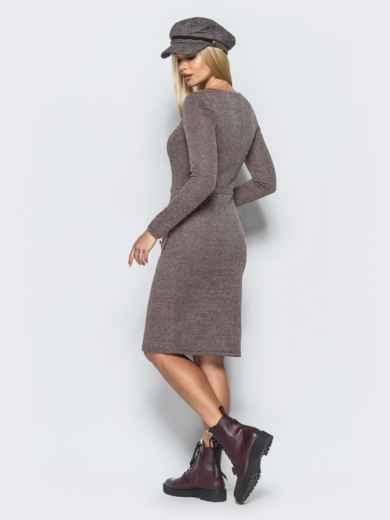Трикотажное платье-футляр бежевого цвета с прорезными карманами - 17581, фото 3 – интернет-магазин Dressa