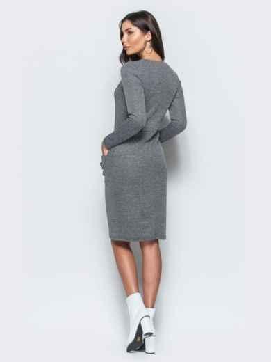 Трикотажное платье-футляр серого цвета с прорезными карманами - 17582, фото 3 – интернет-магазин Dressa