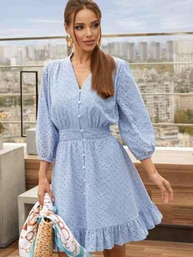 Короткое платье из прошвы с расклешенной юбкой голубое 54132, фото 1
