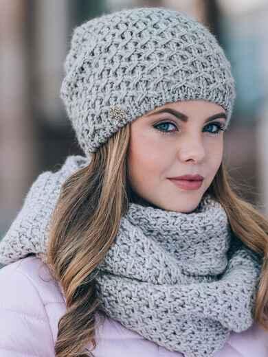 Светло-серые шапка и хомут с плотным узором - 14870, фото 1 – интернет-магазин Dressa