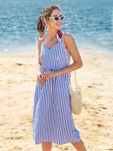 Льняной сарафан в широкую полоску с расклешенной юбкой синий - 38673, фото 3 – интернет-магазин Dressa
