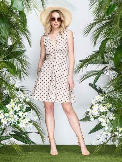 Бежевое платье в горох с драпированным лифом - 21601, фото 1 – интернет-магазин Dressa