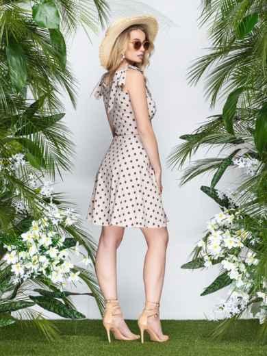 Бежевое платье в горох с драпированным лифом - 21601, фото 2 – интернет-магазин Dressa