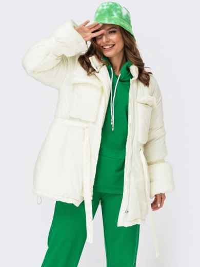 Зимняя куртка молочного цвета с накладными карманами 55580, фото 1