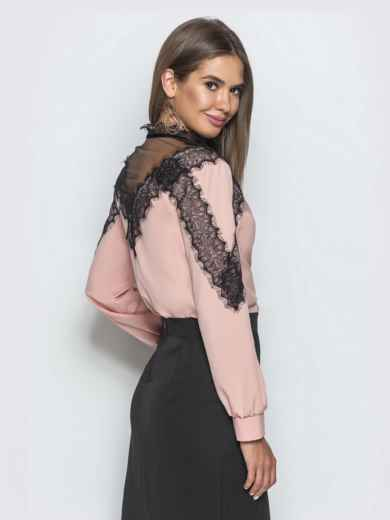 Блузка пудрового цвета с кружевными вставками - 39755, фото 3 – интернет-магазин Dressa
