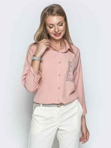Пудровая блузка со стразами и удлиненной спинкой - 39736, фото 2 – интернет-магазин Dressa