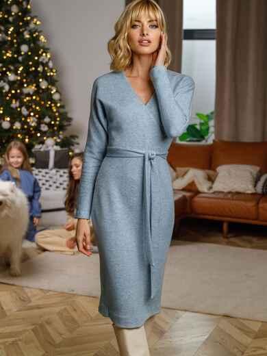 Приталенное платье из ангоры с запахом на груди голубое 52701, фото 1