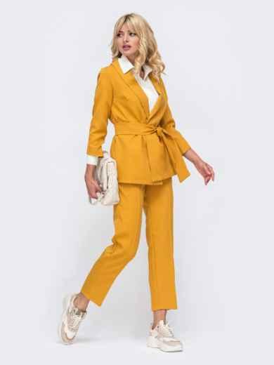 Желтый комплект с укороченными брюками и жакетом на запах 50468, фото 3