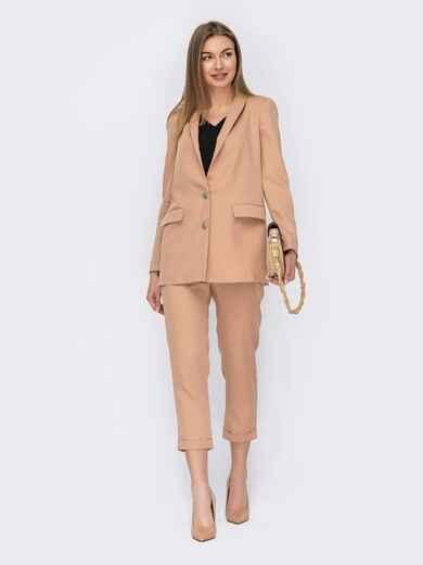 Брючный костюм-тройка с пиджаком и блузкой бежевый 53152, фото 1
