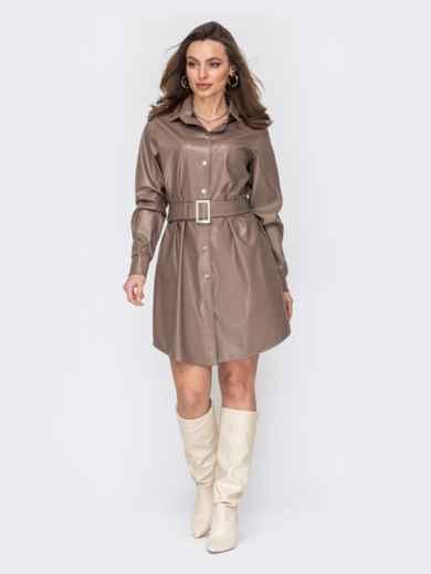 Бежевое платье-рубашка из экокожи на кнопках 53174, фото 1