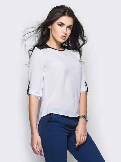 Белая блузка с удлиненной спинкой и контрастными шлёвками - 12234, фото 1 – интернет-магазин Dressa