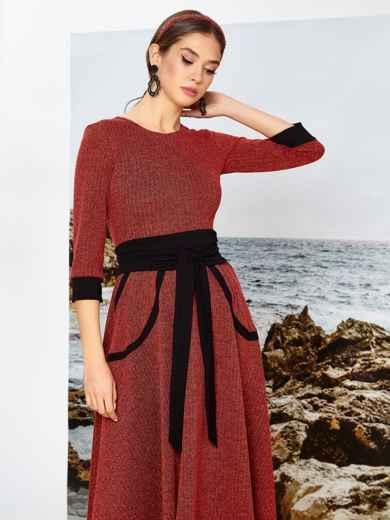 Приталенное платье красного цвета с контрастными вставками - 42085, фото 3 – интернет-магазин Dressa