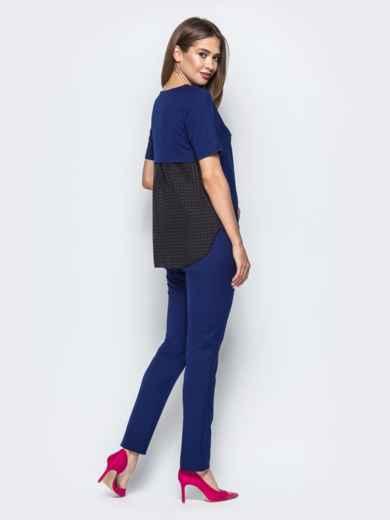 Брючный комплект с контрастными вставками на блузке синий - 21535, фото 2 – интернет-магазин Dressa