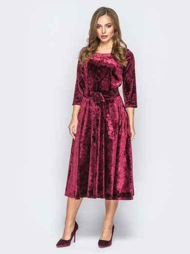 Велюровое платье бордового цвета с расклешенной юбкой - 18323, фото 1 – интернет-магазин Dressa
