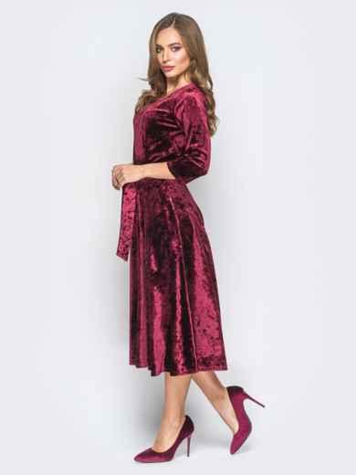 Велюровое платье бордового цвета с расклешенной юбкой - 18323, фото 2 – интернет-магазин Dressa
