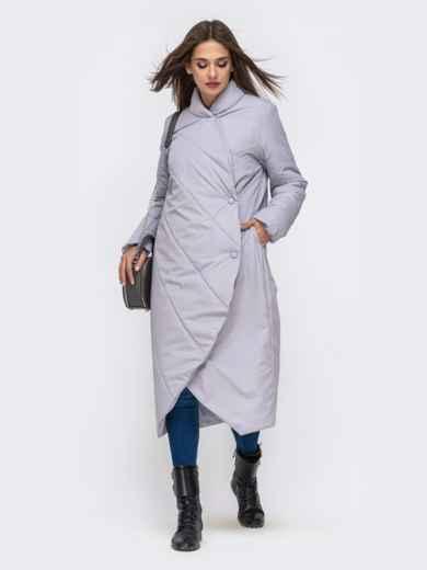 Демисезонная куртка серого цвета на кнопках - 41706, фото 2 – интернет-магазин Dressa