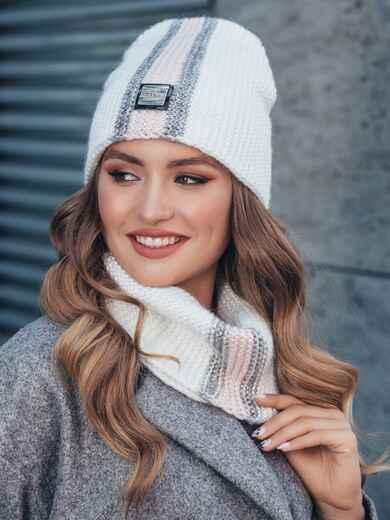 Комплект с контрастнй вязкой из шапки и хомута белый 40443, фото 1