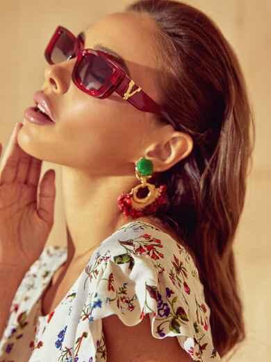 Красные очки прямоугольной формы с декором на дужках 54175, фото 1