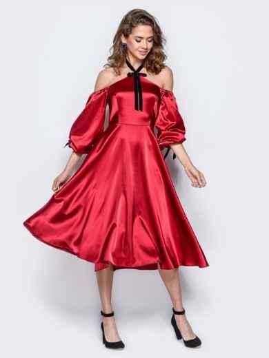 Атласное платье красного цвета с открытыми плечами - 18108, фото 3 – интернет-магазин Dressa
