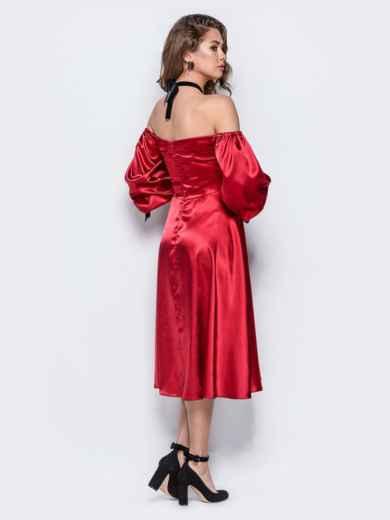 Атласное платье красного цвета с открытыми плечами - 18108, фото 4 – интернет-магазин Dressa