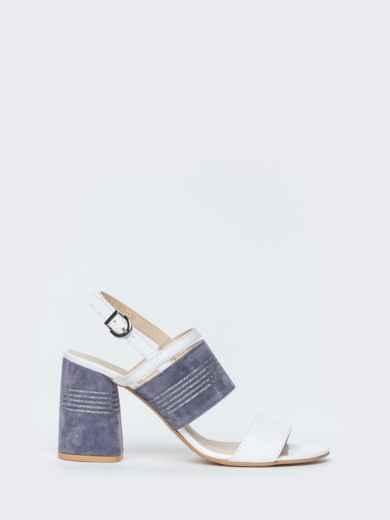 Белые босоножки из натуральной кожи на устойчивом каблуке - 39679, фото 3 – интернет-магазин Dressa
