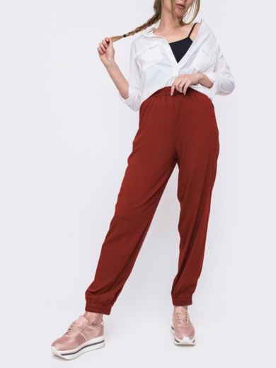 Брюки-джоггеры бордового цвета с завышенной талией 54036, фото 1