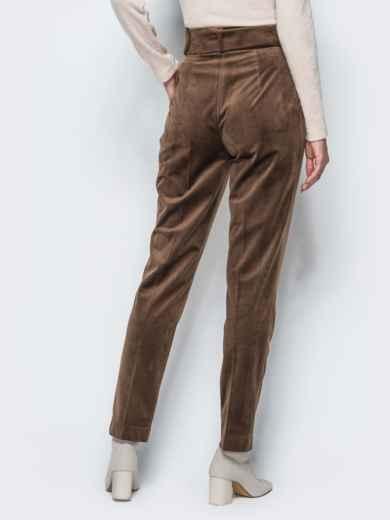 Зауженные велюровые брюки коричневого цвета - 17243, фото 4 – интернет-магазин Dressa