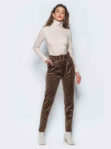 Зауженные велюровые брюки коричневого цвета - 17243, фото 5 – интернет-магазин Dressa