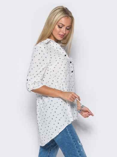 Белая блузка в принт с удлинением по спинке - 10262, фото 2 – интернет-магазин Dressa