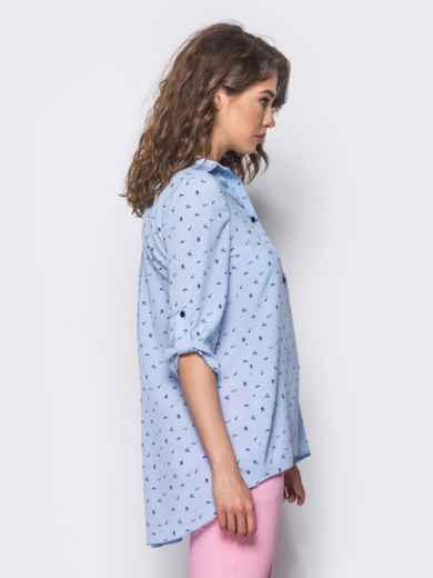Голубая блузка в принт с удлинением по спинке - 10260, фото 2 – интернет-магазин Dressa