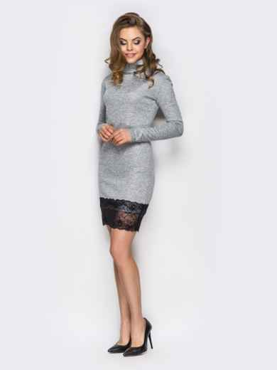 Серое трикотажное платье с кружевной оборкой - 13462, фото 3 – интернет-магазин Dressa