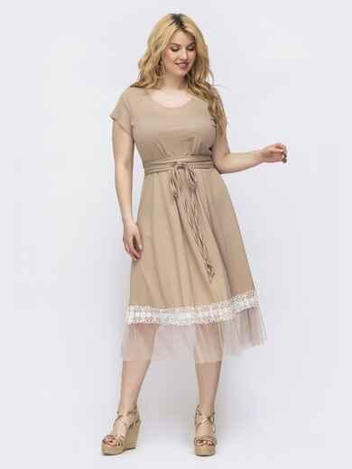 Платье батал приталенного кроя с сеткой по низу бежевое 46435, фото 1