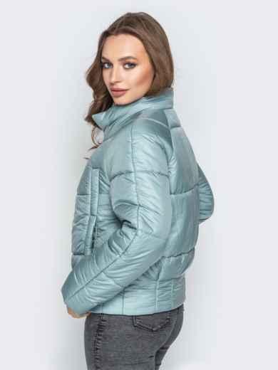 Укороченная куртка с воротником-стойкой и карманами голубая 20305, фото 3